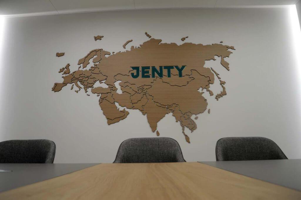 Над столом карта Евразии